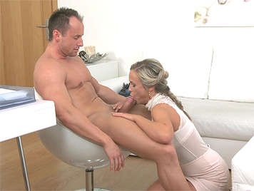Sexy blonde agent empties studs balls during first porn casting