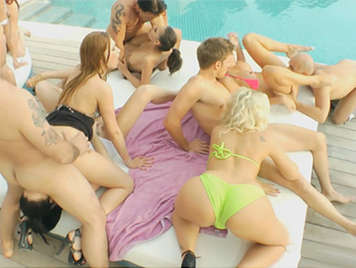 Massive orgy in Ibiza with all kinds of sexual practices and whores