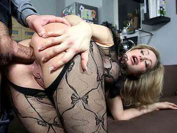 Sexo anal con madura italiana de grandes pechos en lenceria