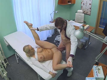 With a camera hidden in his glasses to unajoven and innocent patient is off with a generous and sweet perky breasts and shaved pussy dripping flows at each stroke of cock