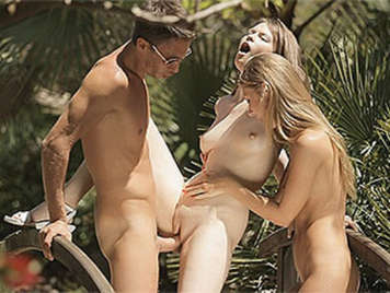 Outdoor threesome with two girls with tight pussy enjoying a big cock