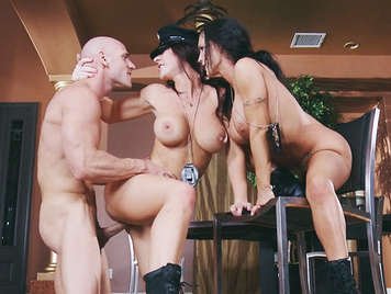 Two policewomen busty fuck slender bodies with a narcotraficannte hard fucks them that love the taste of hot cum in their mouths