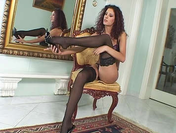 Sexy bitch to luxury in lingerie fucking, she is a autentic Luxury Courtesan