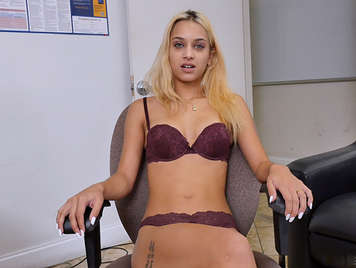 Uma Jolie decides to do her first porn casting