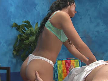 Amazing hot masseuse fucks her client at the massage table