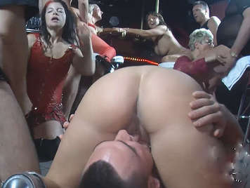 Amateur Swinger European gangbang At The Pub